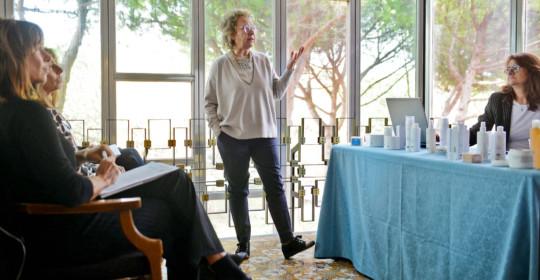 Intervista alla dott.ssa Francesca Ferri, direttore scientifico di Effegilab. Oltre 10 anni di collaborazione con le Terme di Cervia per creare i migliori prodotti cosmetici della linea Liman Termae